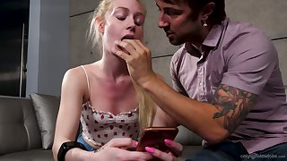 Bitch Emma Starletto is texting say no to BF while sucking a heavy unending dick