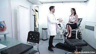 Gynecologist fucks added to licks pussy of Spanish babe Lucia Nieto