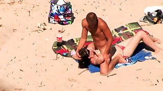 Beach Blowjob Voyeur