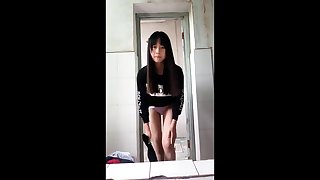 Decidedly Pulchritudinous Chinese girl's strip dance part-1