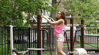 Flexible Kecy Hill wants to decree her sexual wit to a dude