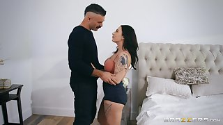 Curvy girlfriend Zanna Blue fucked way down in presbyter