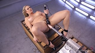 Voluptuous woman tries her first fucking machine cam opportunity