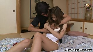 19 yo Japanese virgin Nami Honda gets her pussy toyed for along to first time