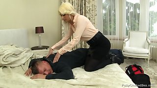 Blonde wife Yenna in raiment fucked hard by her horny next ingress neighbor