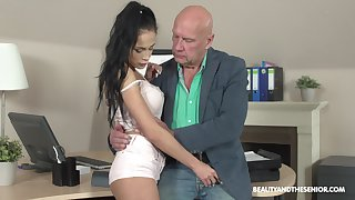 Old boss enjoys fucking pretty young intern Nicole Cherish and cums in her brashness